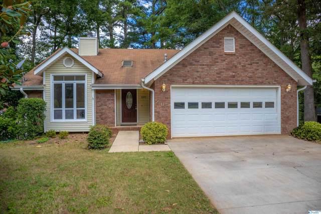 207 Pin Oak Drive, Madison, AL 35857 (MLS #1790932) :: Southern Shade Realty