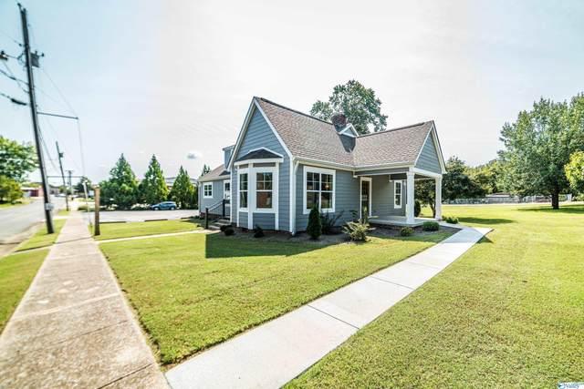 301 S Houston Street, Scottsboro, AL 35768 (MLS #1791049) :: Southern Shade Realty