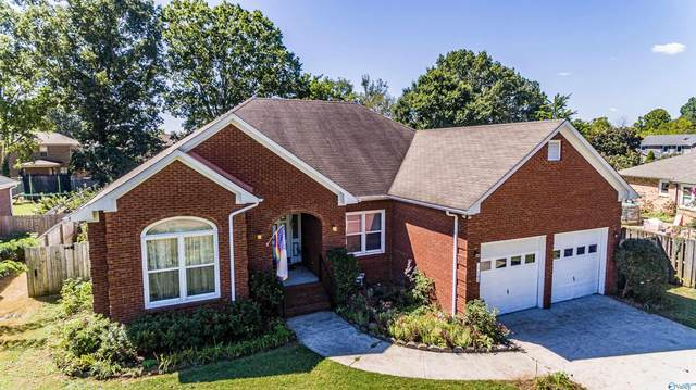 1102 Chesterfield Road, Huntsville, AL 35803 (MLS #1791104) :: Southern Shade Realty
