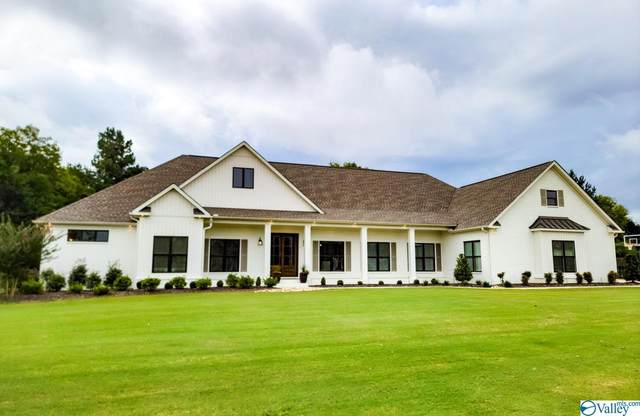 153 South Pointe, Moulton, AL 35650 (MLS #1791148) :: Coldwell Banker of the Valley