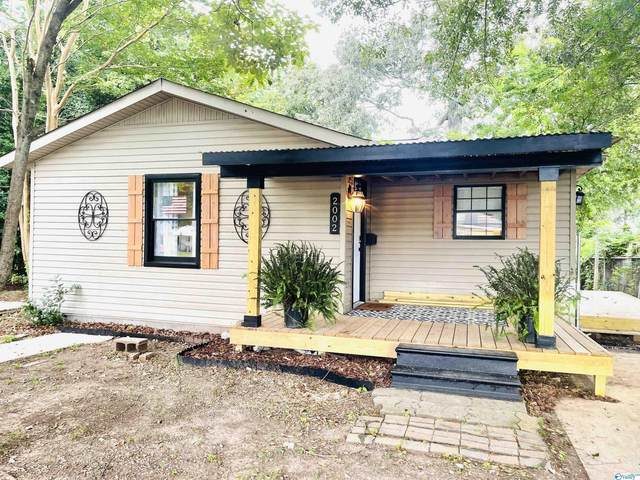 2002 8th Street, Decatur, AL 35601 (MLS #1791184) :: Coldwell Banker of the Valley