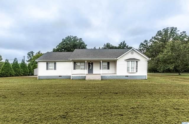 1841 Summerville Road, Boaz, AL 35957 (MLS #1791198) :: Rebecca Lowrey Group