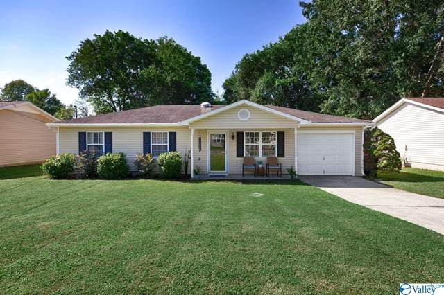 2448 Yorkshire Drive, Huntsville, AL 35803 (MLS #1791240) :: Coldwell Banker of the Valley