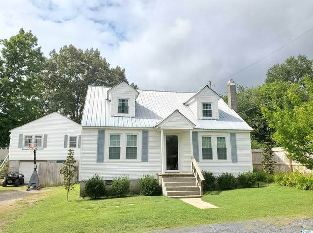 304 9th Street, Fort Payne, AL 35967 (MLS #1791292) :: The Pugh Group RE/MAX Alliance