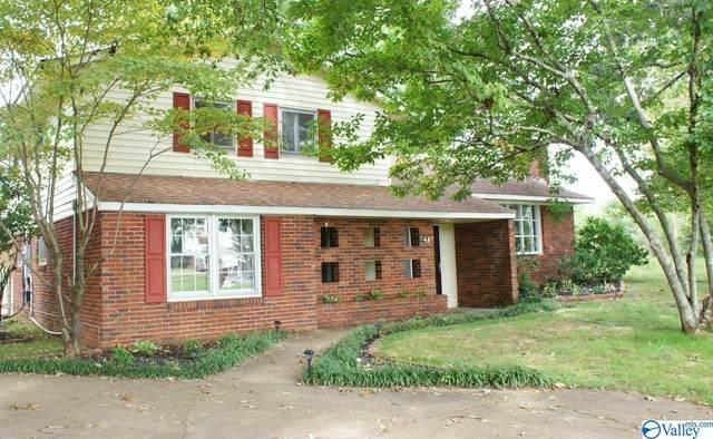 42 Sandra Lane, Athens, AL 35611 (MLS #1791383) :: Legend Realty