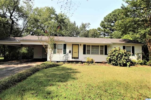 302 Longview Street, Athens, AL 35611 (MLS #1791528) :: Green Real Estate