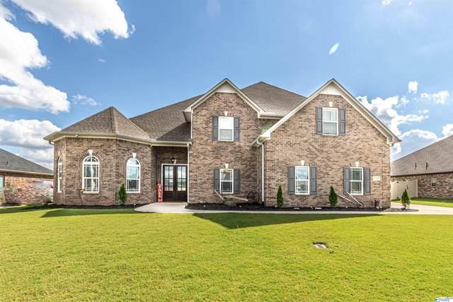 13565 Pinnacle Drive, Athens, AL 35613 (MLS #1791660) :: Southern Shade Realty