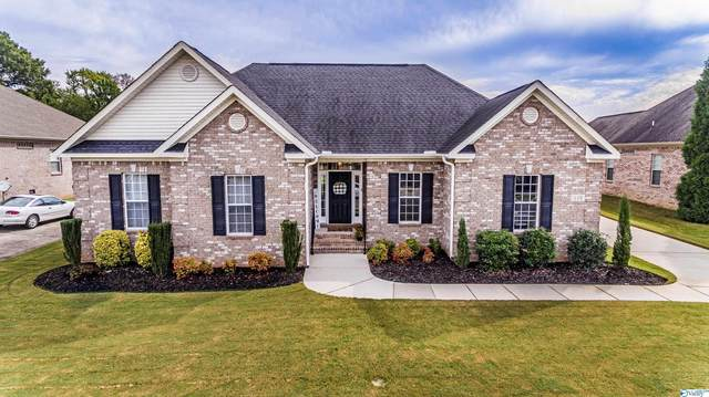 119 Huston Court, Huntsville, AL 35806 (MLS #1791903) :: Southern Shade Realty