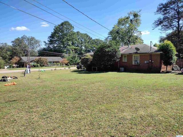 902 Cole Drive, Huntsville, AL 35802 (MLS #1792040) :: Green Real Estate