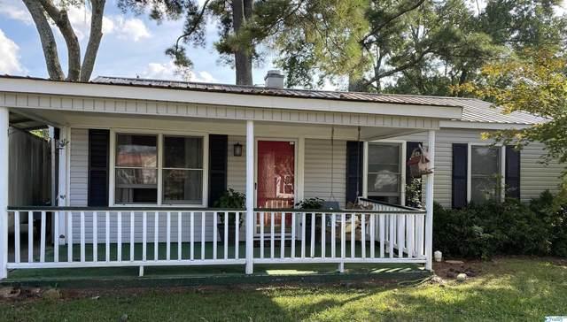 2010 Dellbrook Drive, Huntsville, AL 35811 (MLS #1792314) :: Green Real Estate