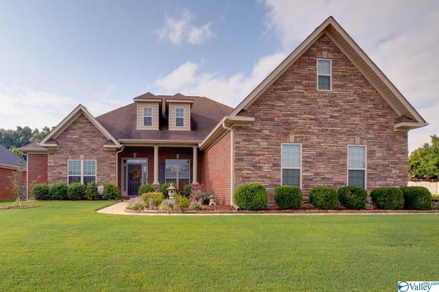 11301 Regency Way, Huntsville, AL 35803 (MLS #1792338) :: Green Real Estate