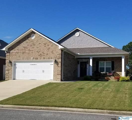 555 Fontana Place, Hartselle, AL 35640 (MLS #1792928) :: Green Real Estate