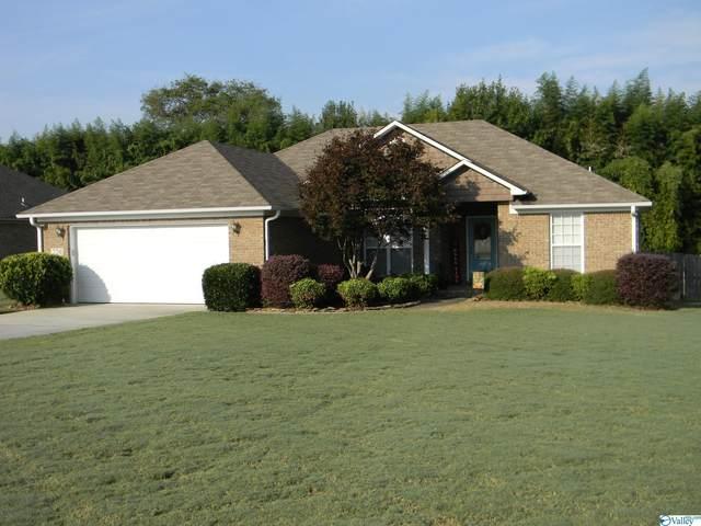 220 Cypress Drive, Decatur, AL 35603 (MLS #1793090) :: Legend Realty