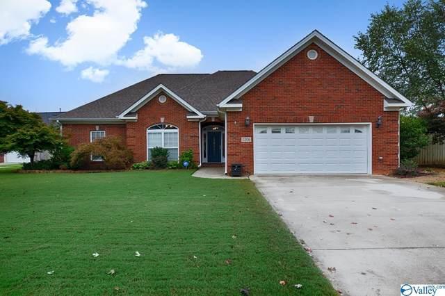 2206 Martinwood Lane, Decatur, AL 35603 (MLS #1793109) :: Green Real Estate