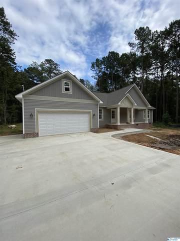 2213 Walker Drive, Hokes Bluff, AL 35901 (MLS #1793229) :: Green Real Estate
