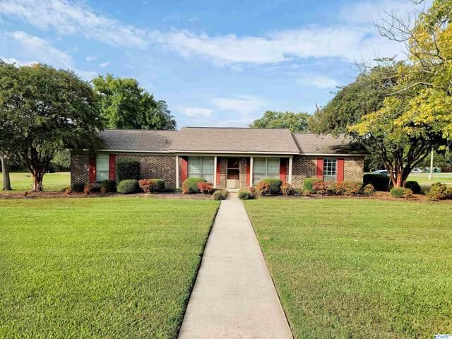 591 Pine Street, Decatur, AL 35603 (MLS #1793239) :: Green Real Estate