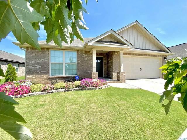 10317 SW Drymen Street, Huntsville, AL 35803 (MLS #1793297) :: Green Real Estate