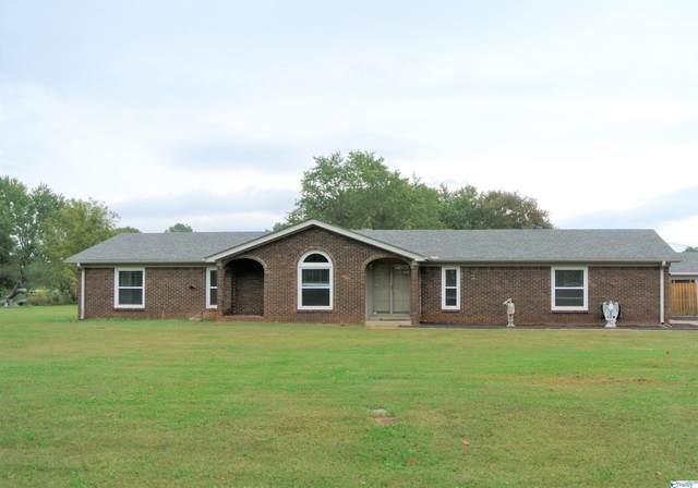 203 Flowerwood Drive, Meridianville, AL 35759 (MLS #1793338) :: MarMac Real Estate