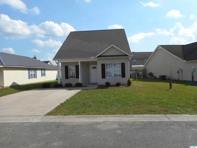 305 Autumnwood Drive, Rainbow City, AL 35906 (MLS #1793359) :: Green Real Estate