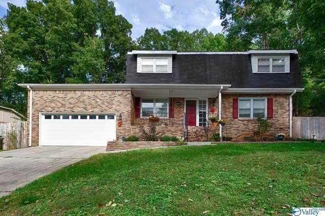 11209 Mountaincrest Drive, Huntsville, AL 35803 (MLS #1793372) :: Legend Realty