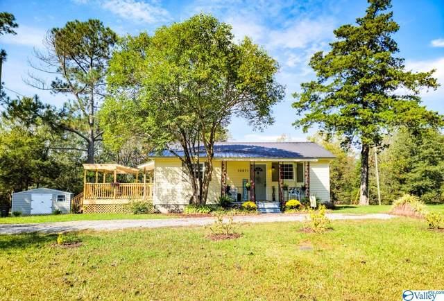 10871 Alabama Highway 33, Moulton, AL 35650 (MLS #1793387) :: MarMac Real Estate
