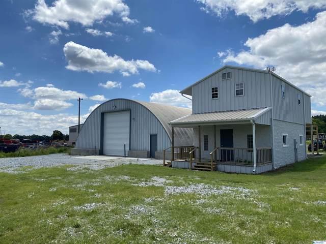 3136 Highway 20, Decatur, AL 35601 (MLS #1793438) :: Green Real Estate