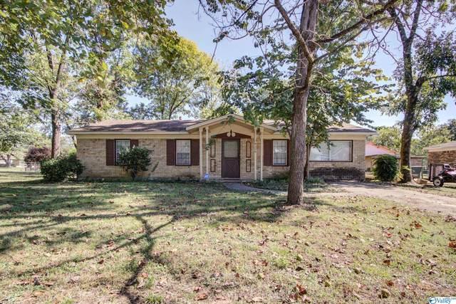 4326 Baywood Drive, Huntsville, AL 35805 (MLS #1793568) :: Green Real Estate