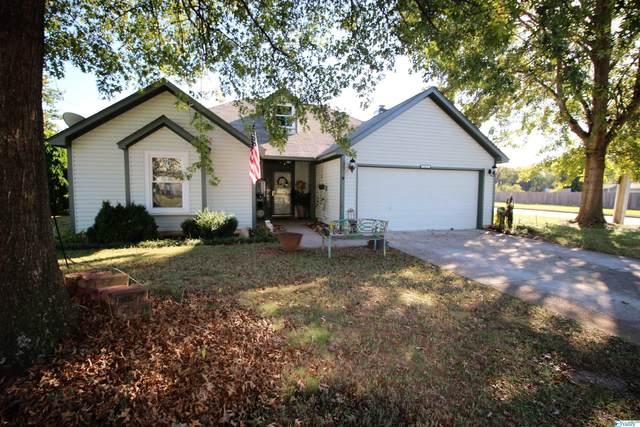 2417 Autumn Ridge Circle, Huntsville, AL 35803 (MLS #1793572) :: Green Real Estate