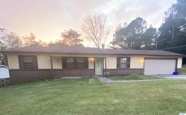 2810 Chrenshaw Drive, Huntsville, AL 35810 (MLS #1793676) :: LocAL Realty