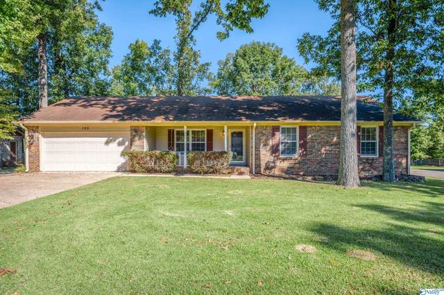 105 Laurel Oak Road, Huntsville, AL 35811 (MLS #1793822) :: MarMac Real Estate