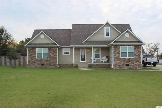 6381 Blue Pond Blvd, Fort Payne, AL 35968 (MLS #1793856) :: Southern Shade Realty