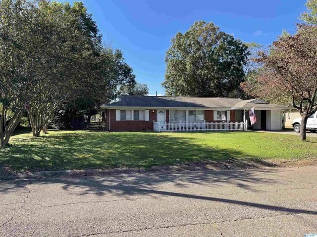 913 Speake Road, Huntsville, AL 35816 (MLS #1793867) :: Legend Realty