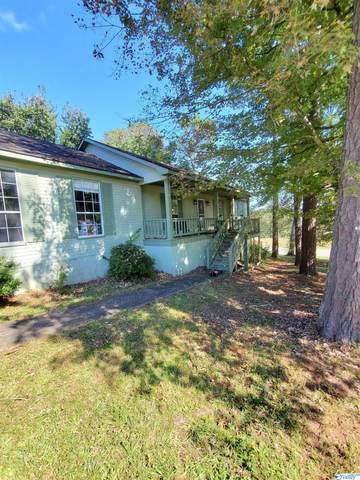 102 Crestview Drive, Bridgeport, AL 35740 (MLS #1793900) :: MarMac Real Estate