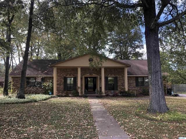 1023 Way Thru The Woods, Decatur, AL 35603 (MLS #1794121) :: Green Real Estate