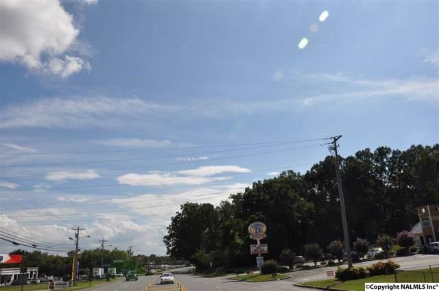 106 Broad Street, Scottsboro, AL 35769 (MLS #1103216) :: Amanda Howard Sotheby's International Realty