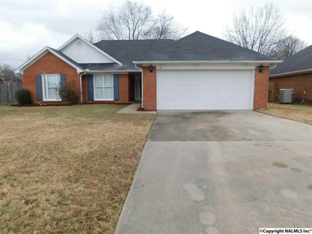 1414 SW Lake Crest Drive, Decatur, AL 35603 (MLS #1085746) :: Amanda Howard Real Estate™