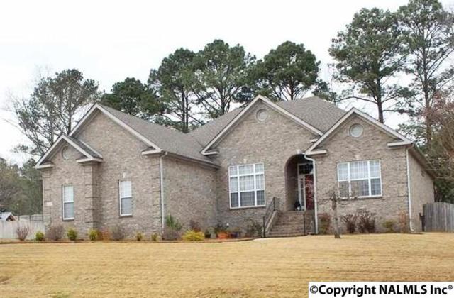 7018 Pinyon Pine Lane, Owens Cross Roads, AL 35763 (MLS #1088438) :: Amanda Howard Real Estate™