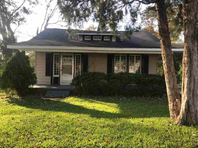 108 Wood Avenue, Sheffield, AL 35660 (MLS #1091841) :: Intero Real Estate Services Huntsville