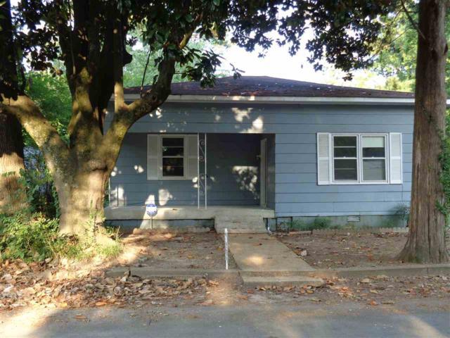 2108 Clara Avenue, Decatur, AL 35601 (MLS #1092625) :: Amanda Howard Sotheby's International Realty