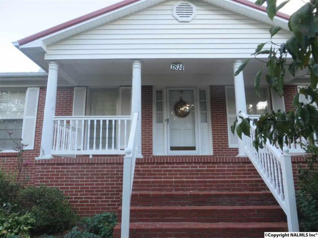 1814 Riverview Circle, Scottsboro, AL 35769 (MLS #1102357) :: Amanda Howard Sotheby's International Realty
