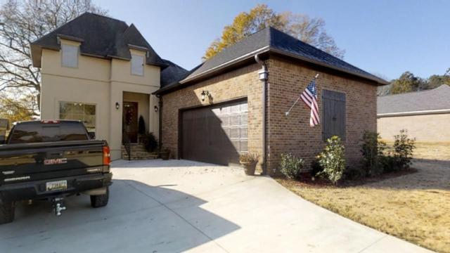 403 Cobb Street, Scottsboro, AL 35769 (MLS #1106371) :: Legend Realty
