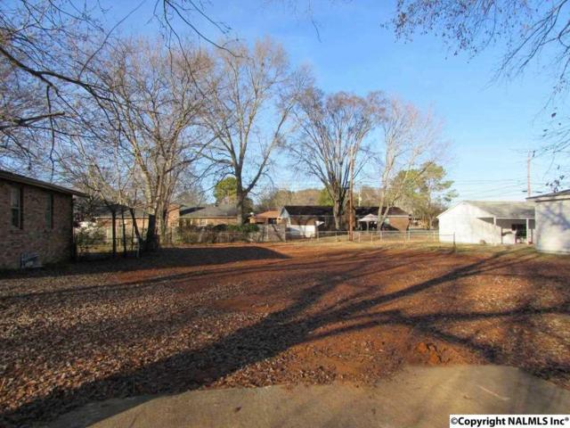 2214 Harrison Street, Decatur, AL 35601 (MLS #1109194) :: Legend Realty