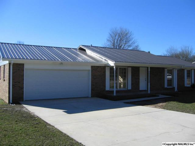 2017 8TH STREET SW, Decatur, AL 35601 (MLS #1109625) :: Intero Real Estate Services Huntsville