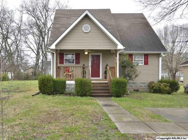 807 Rison Avenue, Huntsville, AL 35801 (MLS #1112478) :: Eric Cady Real Estate