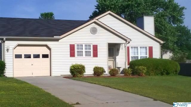 124 Bramblebush Drive, Toney, AL 35773 (MLS #1117976) :: Amanda Howard Sotheby's International Realty