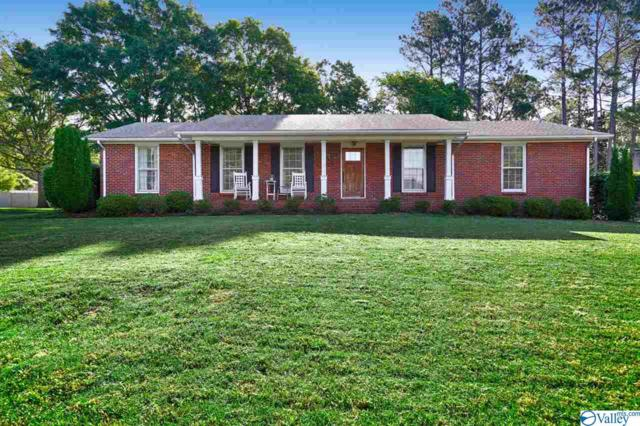 5615 Woodridge Street, Huntsville, AL 35802 (MLS #1118648) :: Eric Cady Real Estate