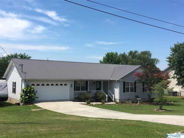 45 Dee Circle, Guntersville, AL 35976 (MLS #1123092) :: Amanda Howard Sotheby's International Realty