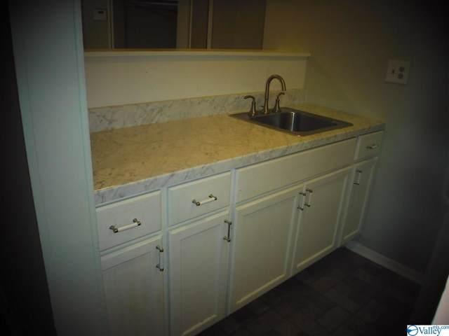 2940 Hood Road, Huntsville, AL 35805 (MLS #1127191) :: Intero Real Estate Services Huntsville