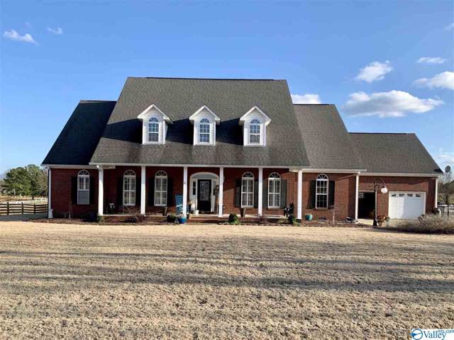 130 Scenic Bluff Drive, Guntersville, AL 35976 (MLS #1136213) :: Amanda Howard Sotheby's International Realty