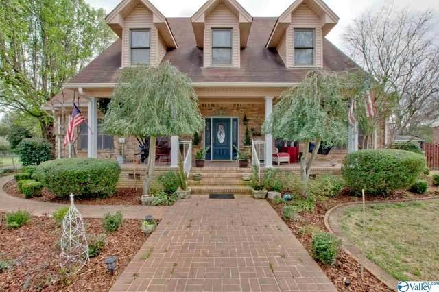 607 S Scott Street, Scottsboro, AL 35768 (MLS #1139674) :: Amanda Howard Sotheby's International Realty